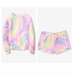 Vs Pink Cozy Crew & Short Set L